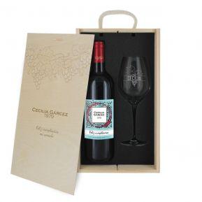 Caja de regalo viñedo : botella de vino y una copa