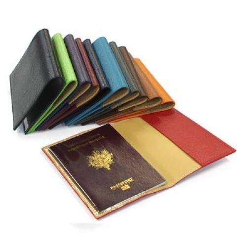 funda pasaporte en cuero