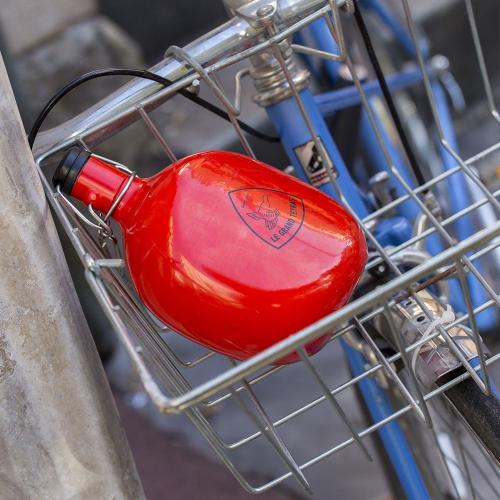 Botella personalizada roja ronda Le Grand Tétras