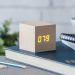 Despertador de madera personalizado