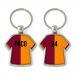 Llavero camiseta bicolor burdeos y naranja