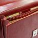 maletín en cuero con 2 compartimientos abierto