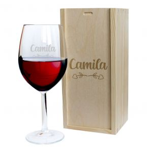 Copa de vino grabada amor